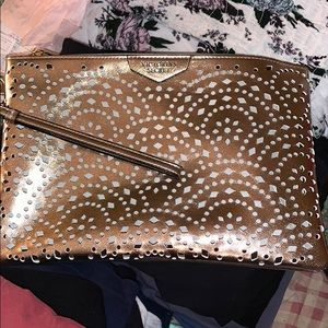 NWT VS Accessory Bag